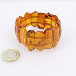 Bernsteinarmband auf zweireihigem Gummizug