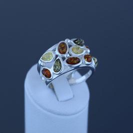 Ring aus 925-Sterlingsilber und baltischen Bernsteinen