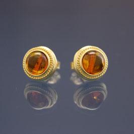 Ohrstecker aus gelbvergoldetem 925-Sterlingsilber und baltischem Bernstein