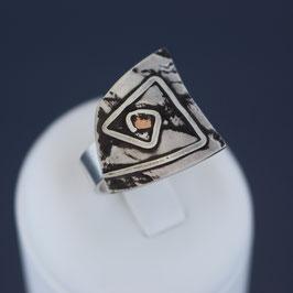 Ring aus geschwärztem 925-Sterlingsilber und Kupfer