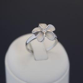 """Ring """"Blüte"""" aus rhodiniertem 925-Sterlingsilber und Zirkonia"""