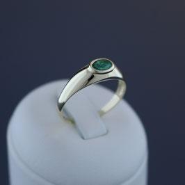 Ring aus 333-Gelbgold und Smaragd