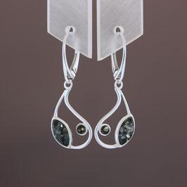 Ohrhänger aus 925-Sterlingsilber und baltischen Bernsteinen