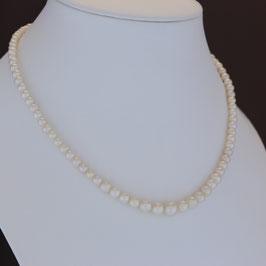Halskette aus geschwärztem 925-Sterlingsilber und Süßwasserzuchtperle