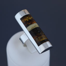 Offener Ring aus 925-Sterlingsilber und baltischen Bernsteinen