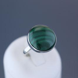 Ring aus 925-Sterlingsilber und Malachit