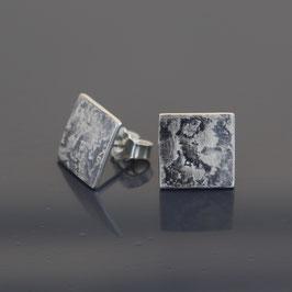 Ohrstecker aus geschwärztem (sulfiert) 925-Sterlingsilber