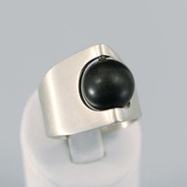 Handgearbeiteter Ring aus 925-Sterlingsilber mit Achatkugel