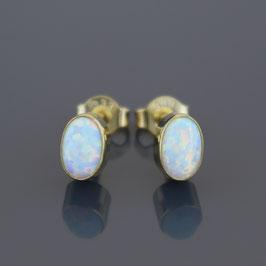 Ohrstecker aus 333-Gelbgold und rekonstruiertem Opal