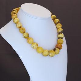 Halskette (Unikat) aus baltischen Naturbernsteinen