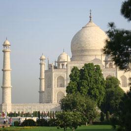 Golden Triangle 6 Nights 7 Days tour by car New Delhi (3) Jaipur (2) Agra (1)
