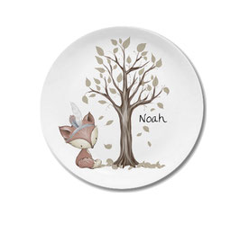 Large plate with name fox boy Noah