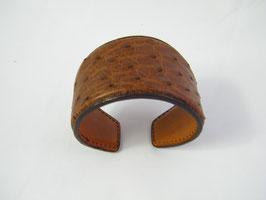 Bracelet Manchette large en autruche véritable coloris havane