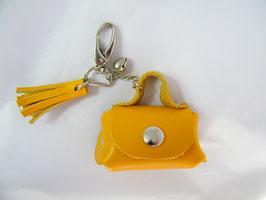 Porte-clés en cuir jaune et grelot