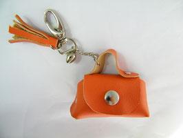 Porte-clés en cuir orange et grelot