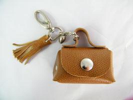 Porte-clés en cuir camel et grelot