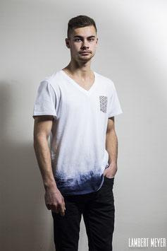 "t-shirt unique unisexe "" classy bullshit"""