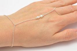 Brautschmuck Handschmuck Ring und Armband mit Diamanten und Perlen