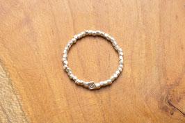 zierlicher Ring aus facettierten 925 Silber Perlen