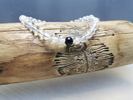 Bergkristall Armband  6 mm mit Turmalinperle 100% natur