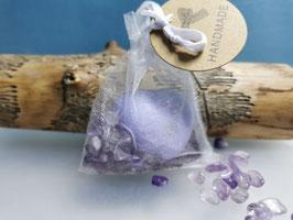 Schutzsteine Amethyst mit Lavendel-Herzseife