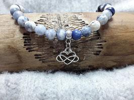 Sodalith Armband mit Keltischem Knoten Anhänger