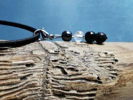 4-fach-Schutzsteine am Lederband