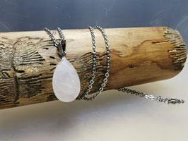 Halskette mit Rosenquarz Anhänger Oval