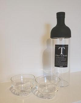 Hario Cold Brew filterfles voor icetea of water met twee glaasjes