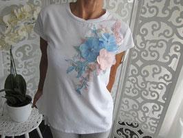 T-Shirt mit dekorativen Blumen