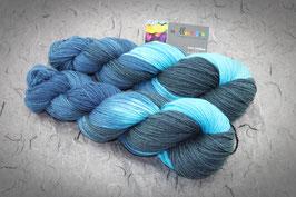 """Merino High Twist 4fach, Atelier Zitron, 100g """"Blue Moon"""""""
