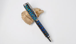 """Tintenroller """"Rom"""" in Tannen-Zapfen (in blauem Epoxid)"""