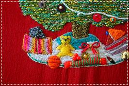 CHRISTMAS TREE AND TEDDY