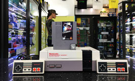 NINTENDO NES RELOAD 4GB ORIGINALE ANNI 80' (+3.000 ROM) + ACCESSORI