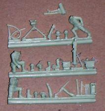 Mitrailleuse Browning et servants américains (R72443)