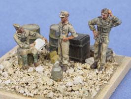 Tankistes du DAK, poses décontractées (x3) (R72417)