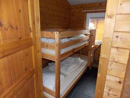 2 Betten für ein Team im Etagenbett-Zimmer  von Freitag bis Sonntag