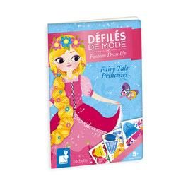 """Défilé de mode """"Princesses de contes"""""""