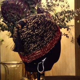 Bonnet Orient Pompon noir & Perles