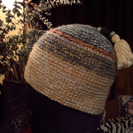 Bonnet Orient Pompon écru & Perles
