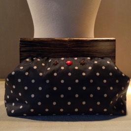 Le Clutch Vintage à pois Brodé Perles