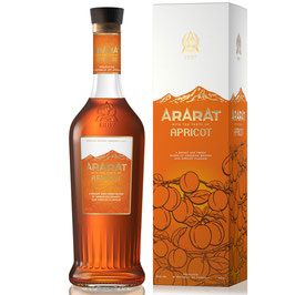 ArArAt Apricot NEW RANGE - 0,5 l 6 YO