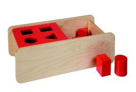 Kasten mit vier Formen