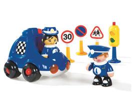 MEINE ERSTEN FREUNDE Polizei