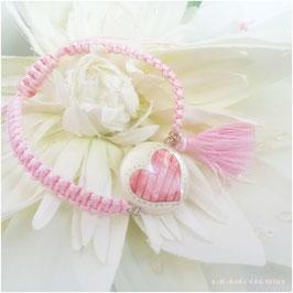 Bracelet Amour Coeur rose, palet de nacre et macramé rose