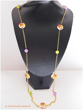SAUTOIR  FLEURS DU PRINTEMPS, nacre fleurs orange  et perles de verre