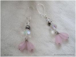 Boucles d'oreilles  CEREMONIE MARIEE , perles rose et blanc cristal