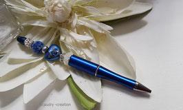 Stylo bijou perlé bleu et perles coeur fleuri, cadeau de Noel romantique