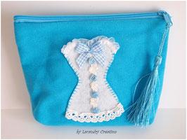 Trousse de toilette ou de maquillage  en coton bleu turquoise  et CORSET en feutrine blanche
