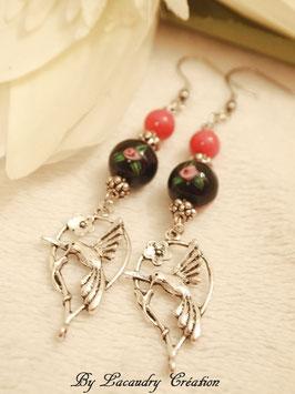 Boucles d'oreilles femme Colibri perles noires et rose , pour oreilles percées
